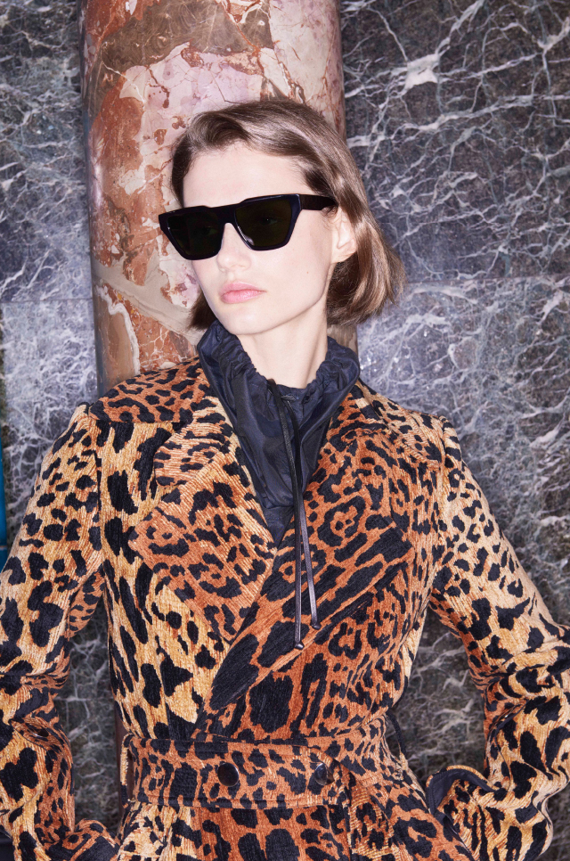 adc21aa16a Victoria Beckham  The Square Cat Sunglasses have arrived