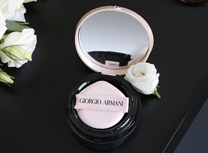 �ล�าร���หารู��า�สำหรั� Giorgio Armani My Armani To Go Essence-In-Foundation Tone-Up Cushion