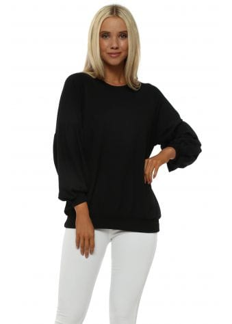 Foxy Black Puff Sleeves Sweater