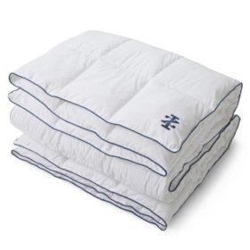 IZOD Anti-Allergen/Anti-Microbial White Comforter