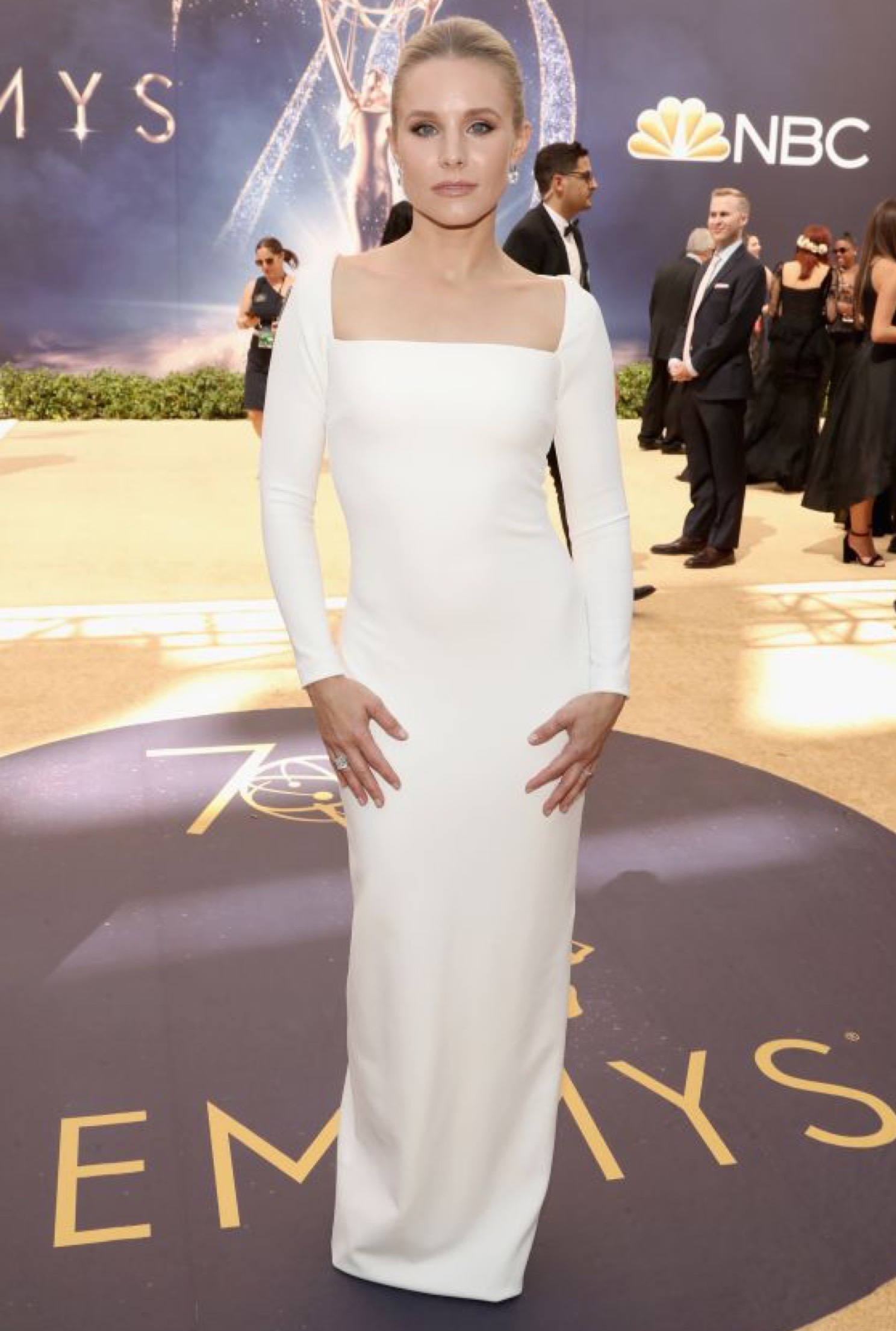 904fa3d94ff Solace London  Kristen Bell wears Solace London at the Emmys 🔥