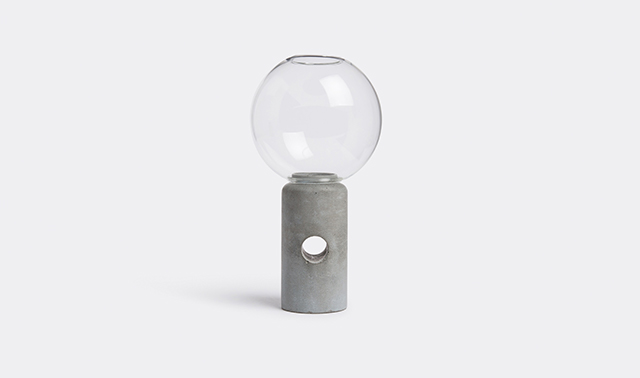 'Efesto' candleholder by Forma&Cemento