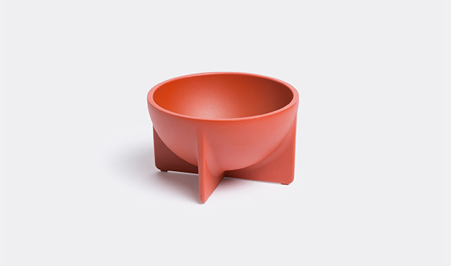 Sienna standing bowl, small Fort Standard SHOP NOW