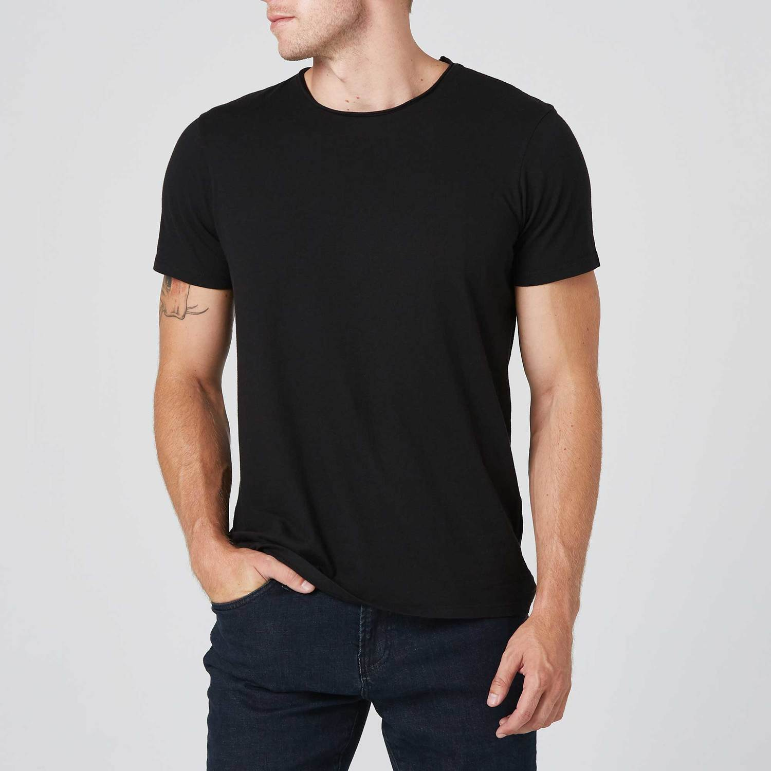Modern Crew Neck Tee in Black