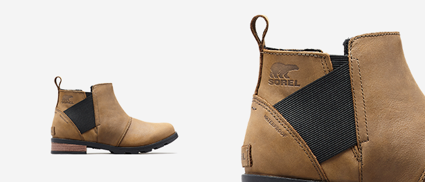 Left: Major, black Emelie Chelsea boot, Right: Close-up shot