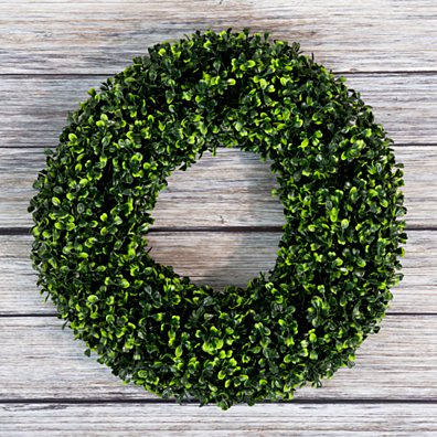 Boxwood Wreath, Artificial Wreath for the Front Door by Pure Garden, Home Dcor, UV Resistant 16.5 Inches