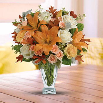 Telefloras Seasonal Sophistication Bouquet