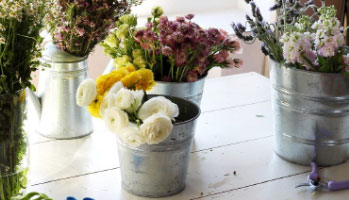 Flower Arrangements that you can do at home