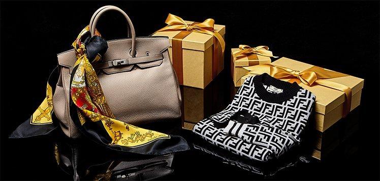 Vintage Handbags to Scarves With Hermès