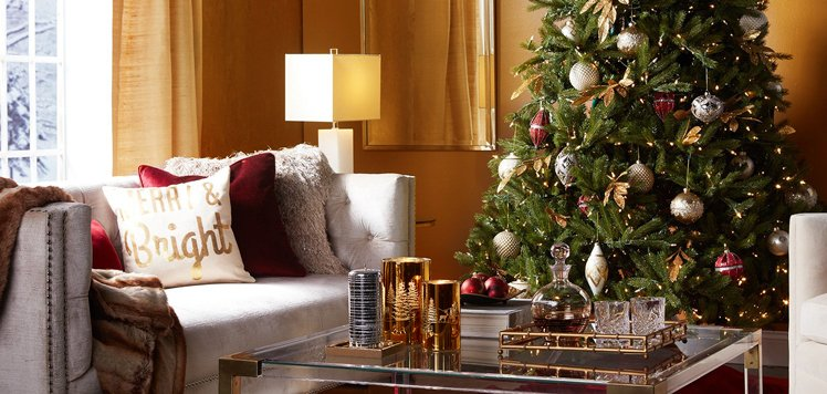 Up to 75% Off Festive Decor