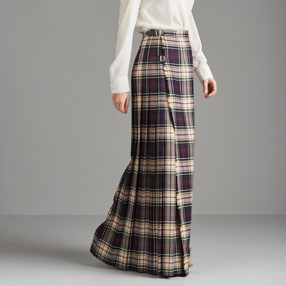 d35e073284bf Kinloch Anderson: Contemporary or Classic - The Kilted Skirt | Milled