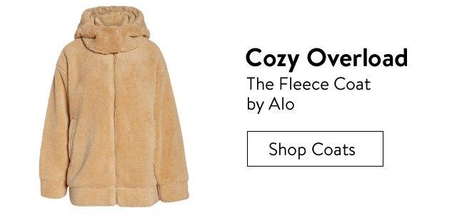 Cozy overload, the fleece coat by Alo.