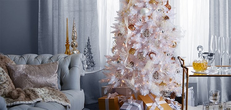 Up to 85% Off Trees & Garlands