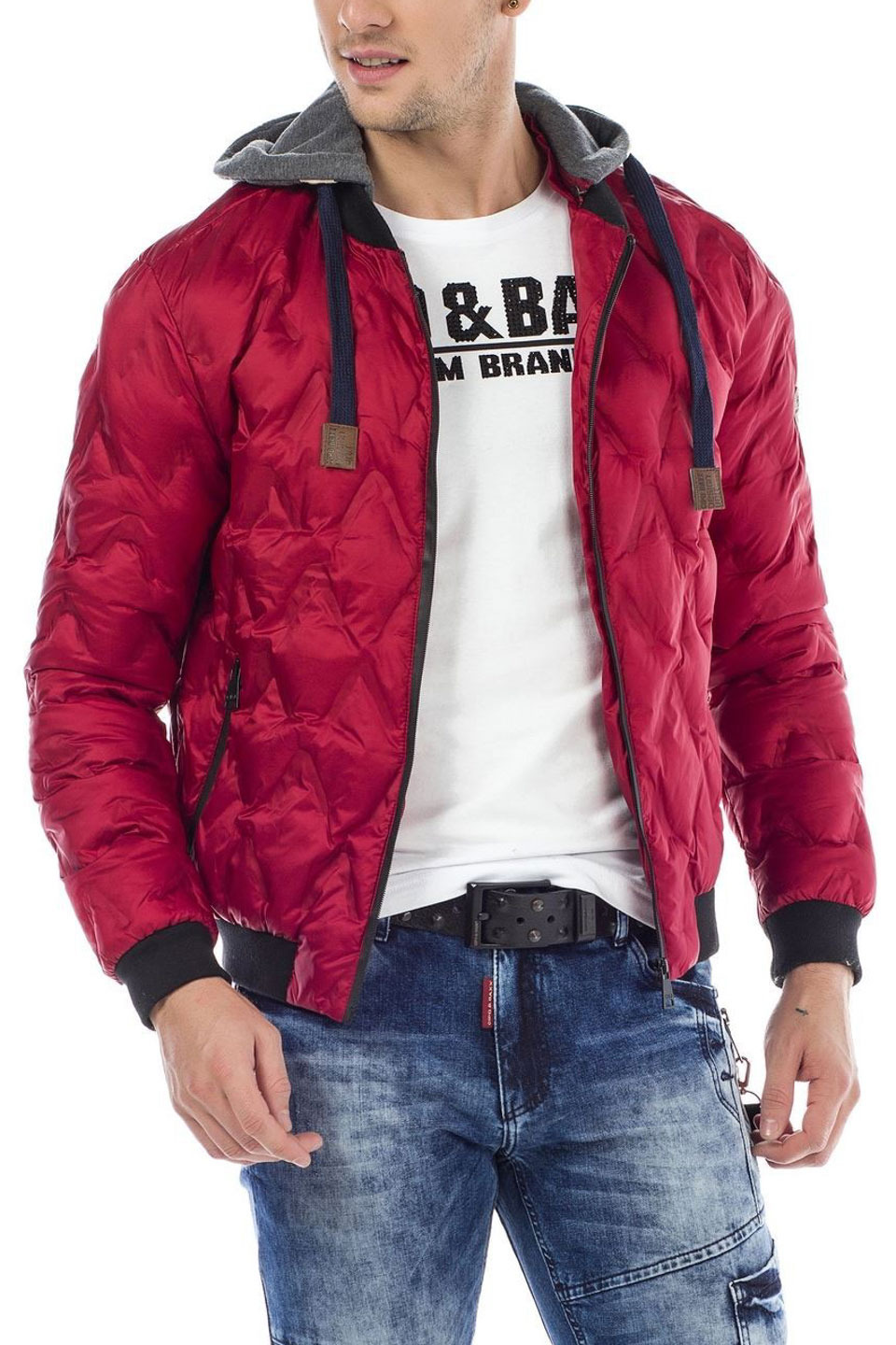 QUEST BOMBED WINTER JACKET IN RED