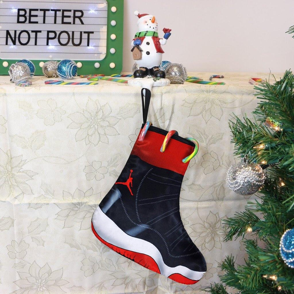 the best attitude c8d2d 6acee SneakerOutfits: CHRISTMAS SNEAKER STOCKINGS | Milled