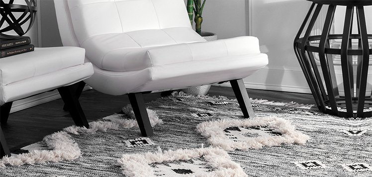Up to 80% Off Solid & Geometric Rugs