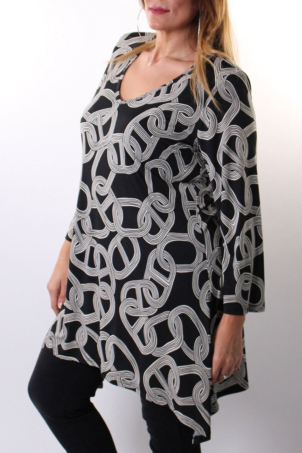 Shenae Tunic in Black Print