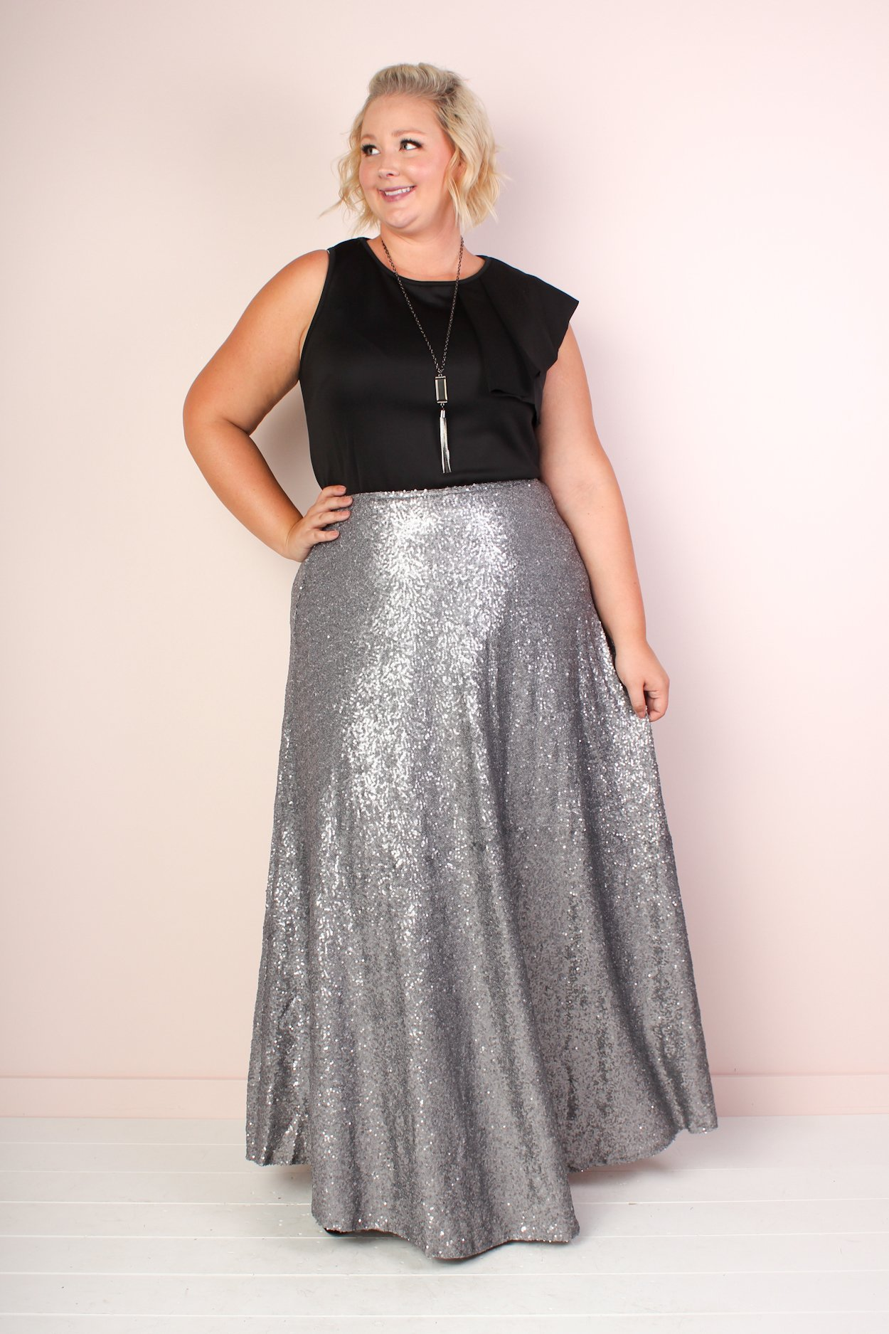 7b5d47eeb6b02f Image of The Showstopper Sequin Maxi Skirt - Silver