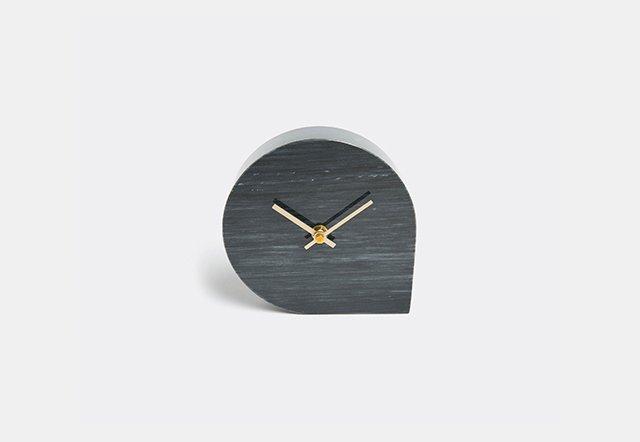 'Stilla' clock
