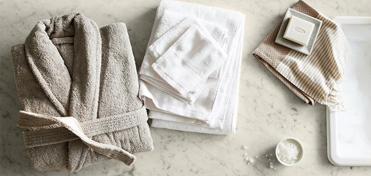 Plush Towels, Robes & Rugs