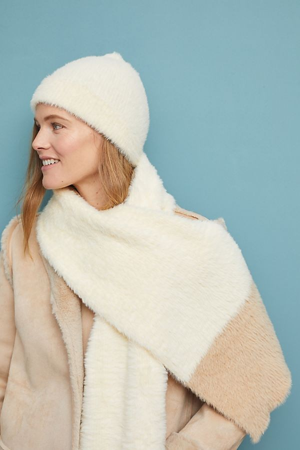 Keeping Cozy Hat + Scarf Gift Set