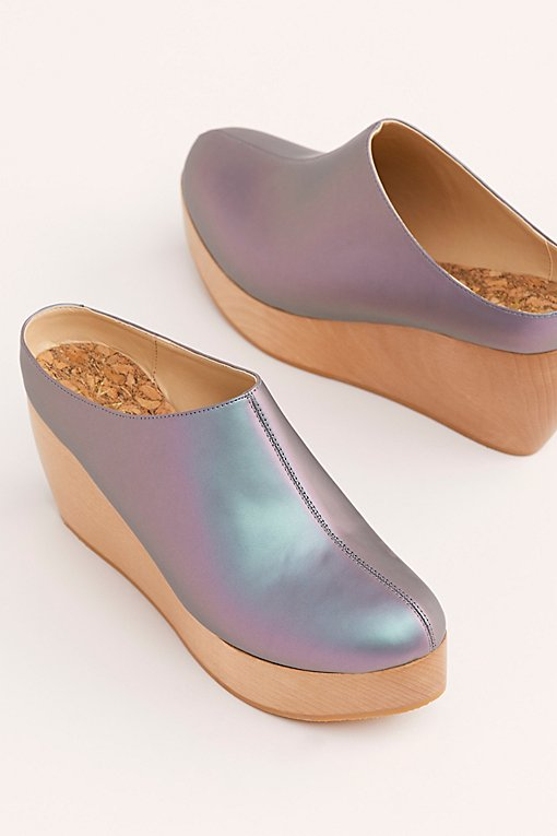 Sydney Brown Vegan Clogs