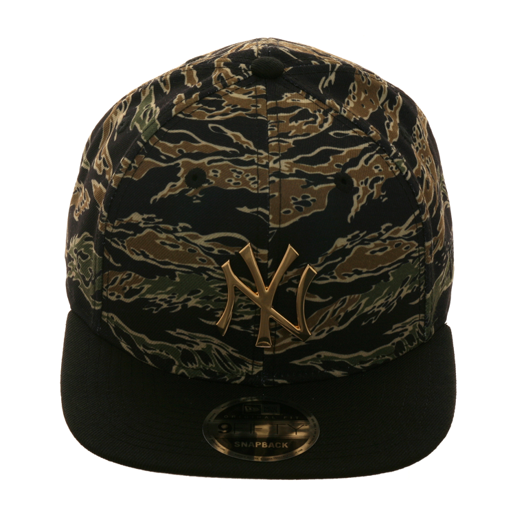 separation shoes e81e2 ee756 Exclusive New Era 9Fifty New York Yankees Metal Snapback Hat - 2T