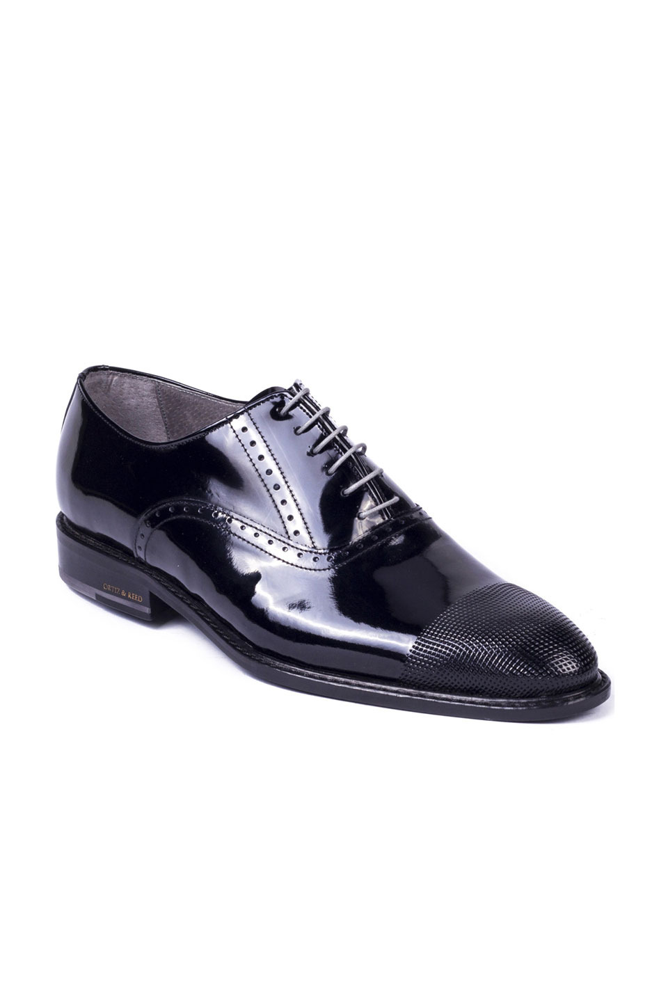 Chaser Oxford in Black