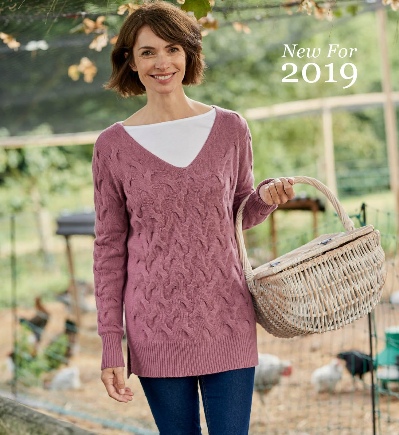 Womens Cable Knit V Neck Jumper in Dusty Pink