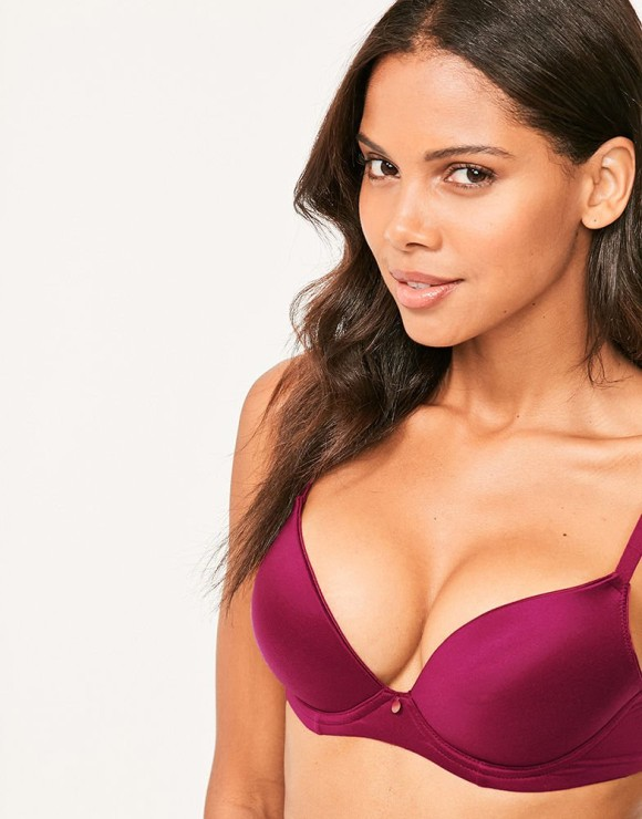 fd38f09888 Figleaves Smoothing Plunge Bra (UK A-H) was  34 NOW  24
