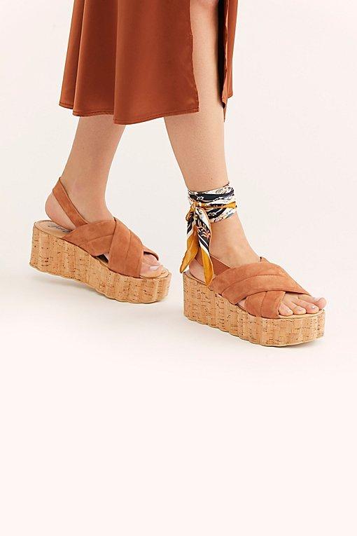 Noelle Flatform Sandal