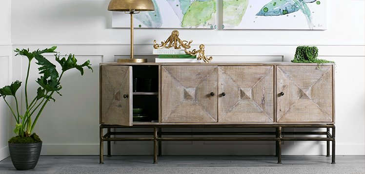 Eclectic Pieces With Artistic Home