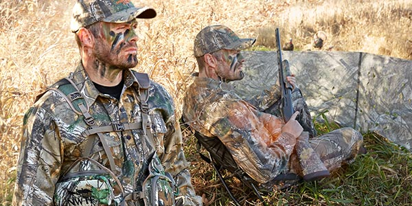 TURKEY HUNTING CHAIRS & VESTS