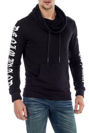 Braden Sweater in Black