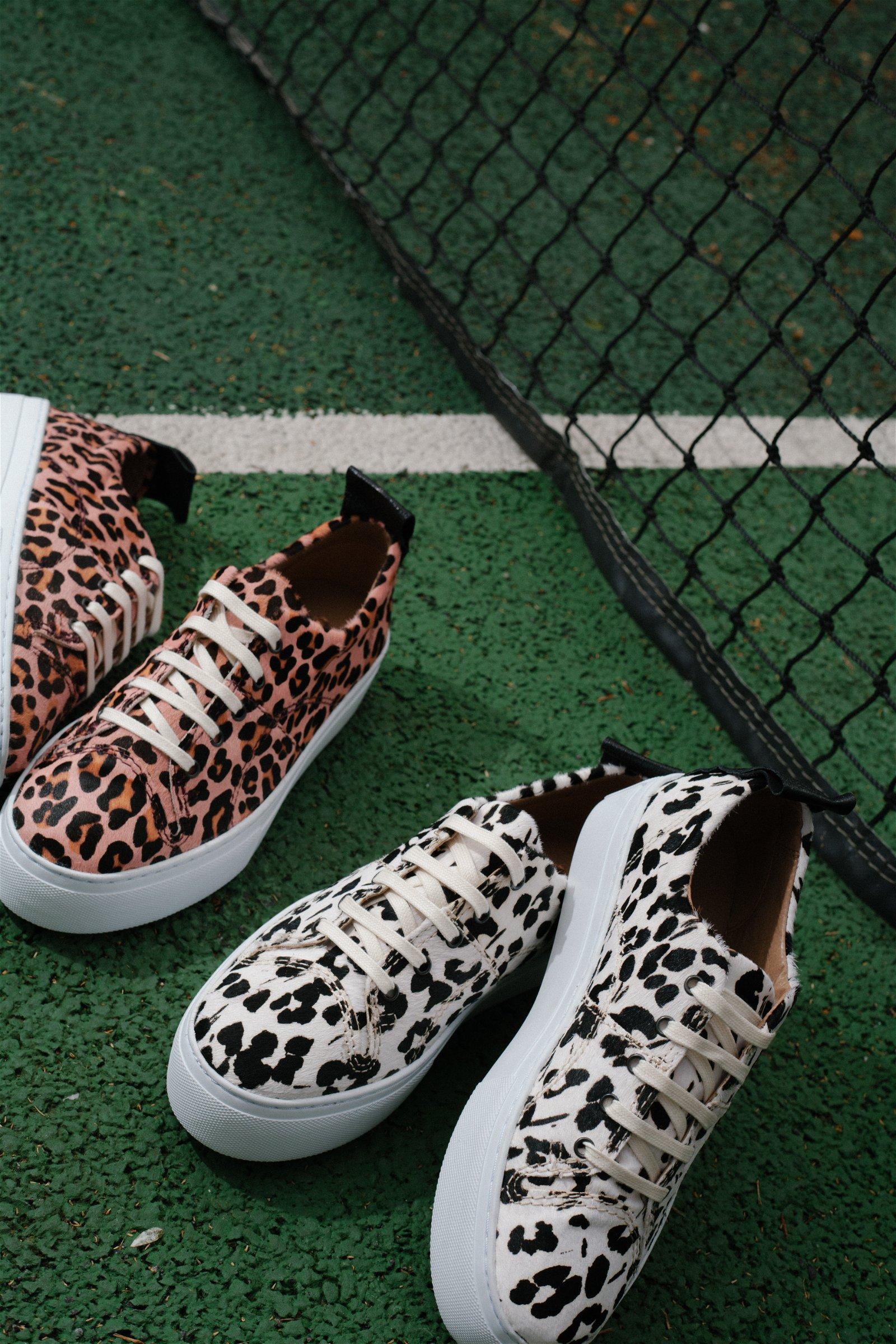 b4307dcfb9a Sierra White Pink Sneaker