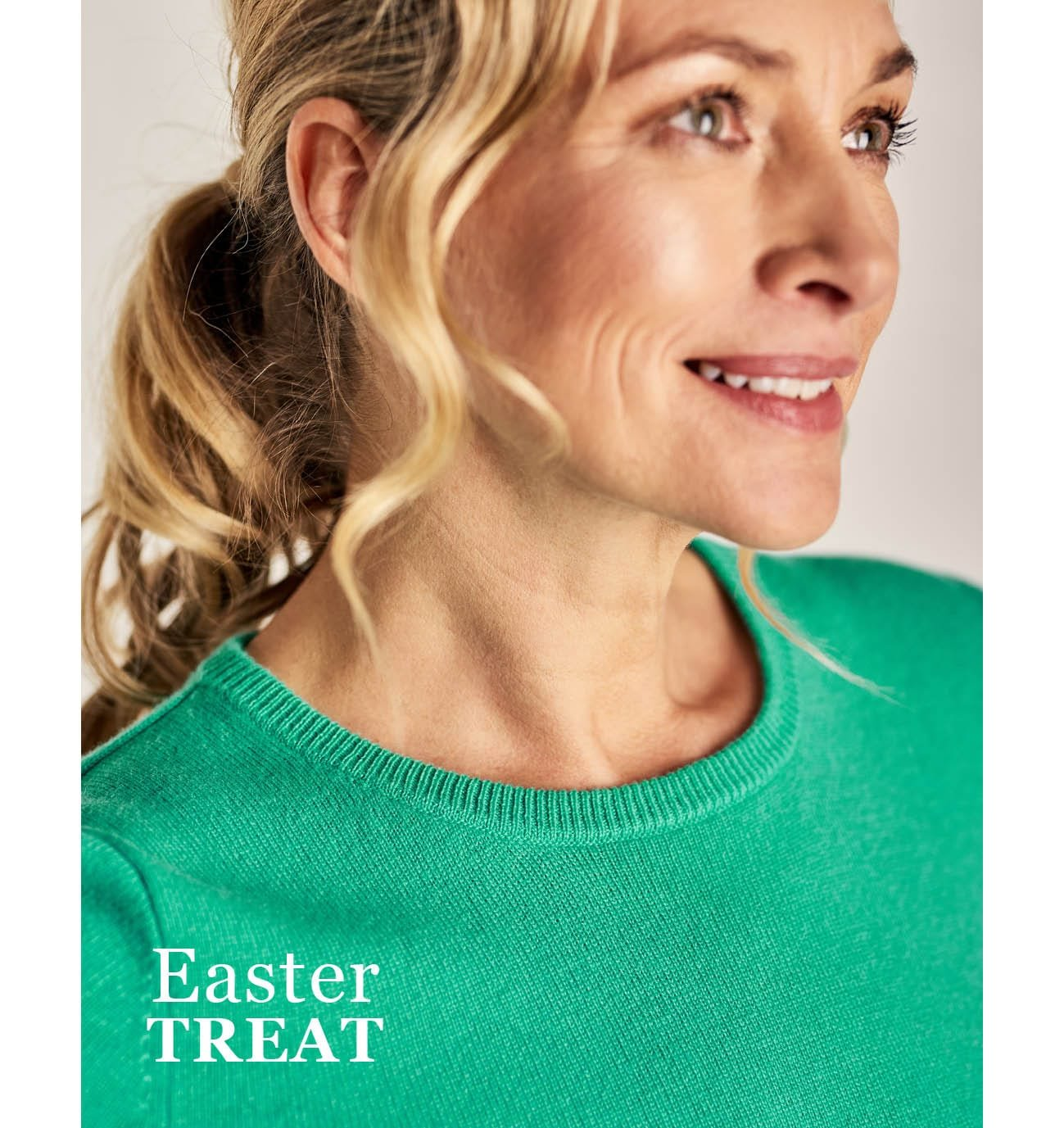 Womens Cashmere and Merino Crew Neck Knitted Jumper in Soft Jade