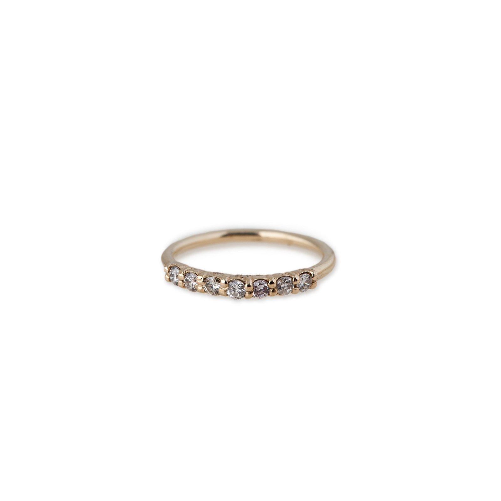 Image of 7 DIAMOND SMOOTH RING