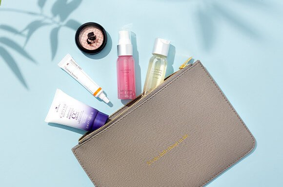 FREE $90 BEAUTY BAG!