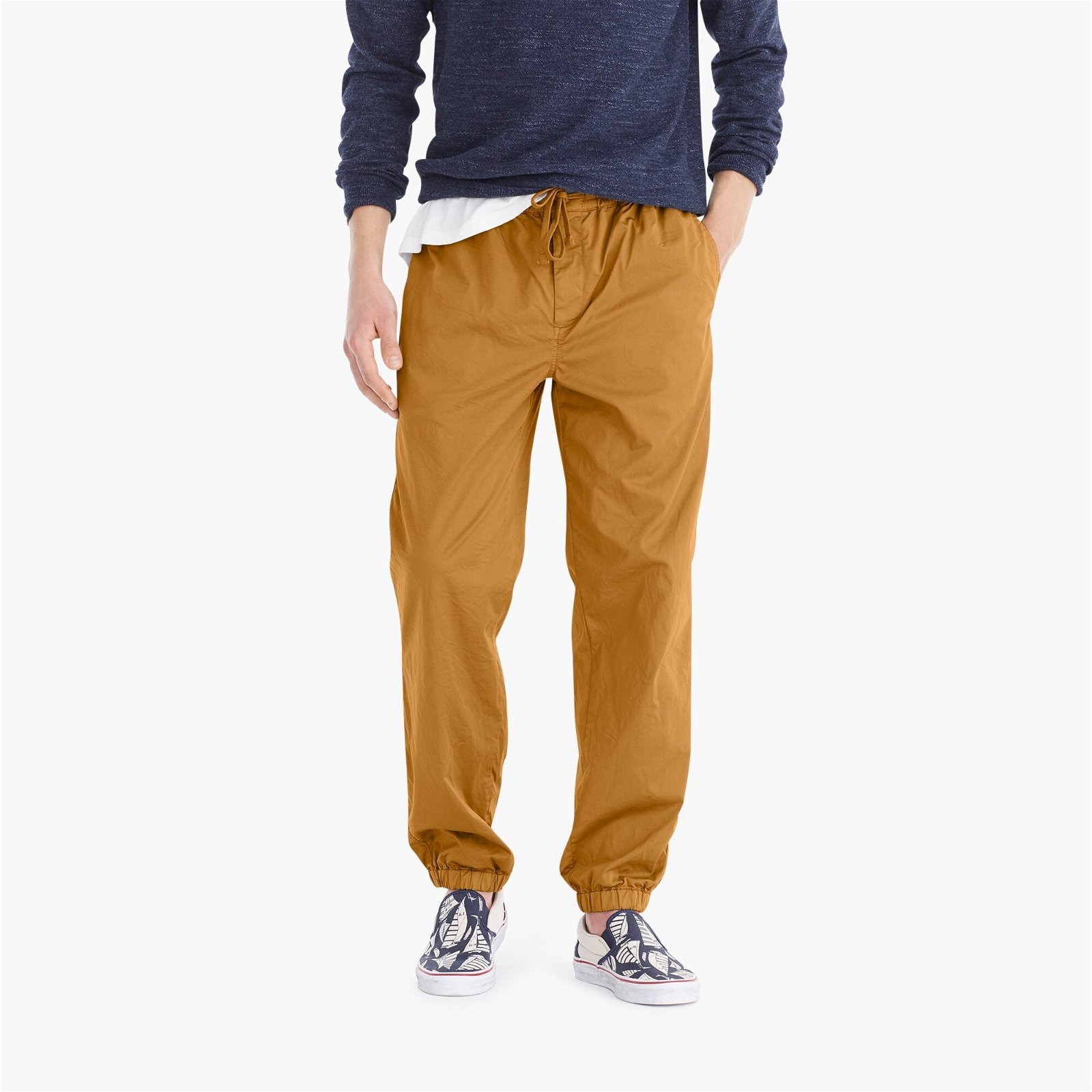 Drawstring pant in garment-dyed stretch twill
