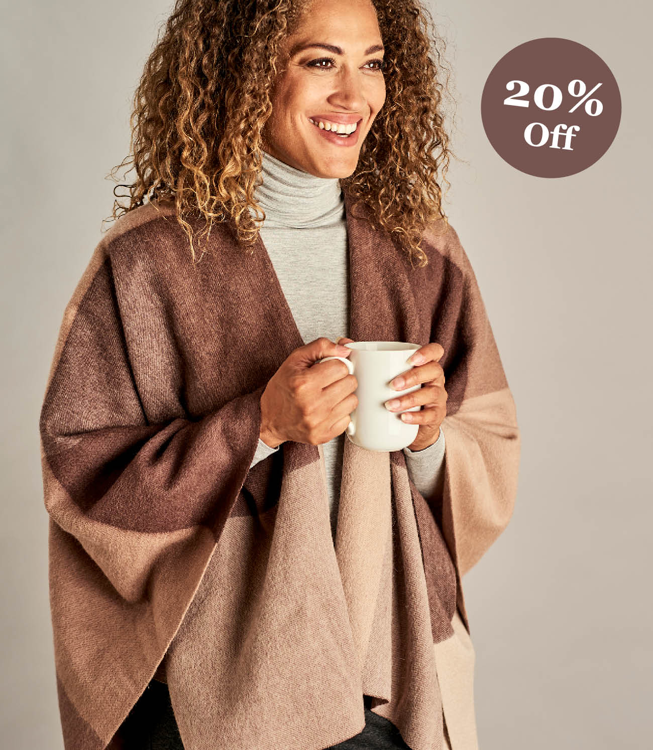 Womens Woven Check Wrap in Neutral