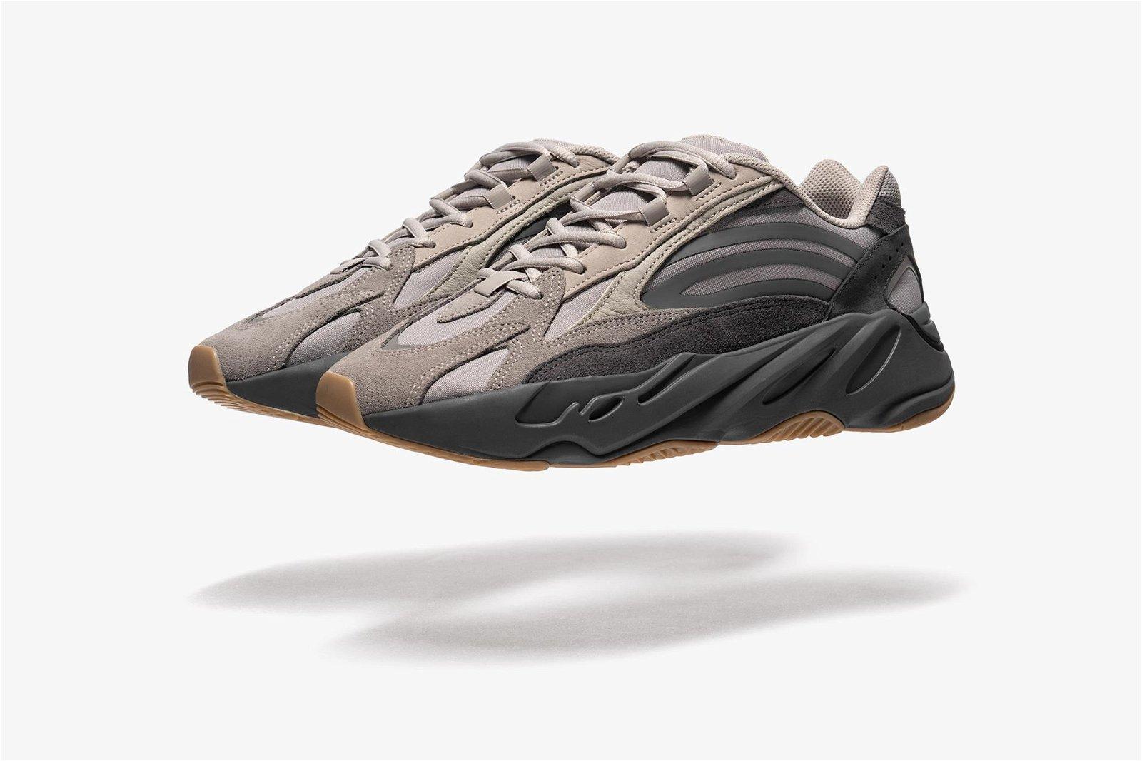 WTAPS \u0026 adidas Yeezy BOOST 700 V2