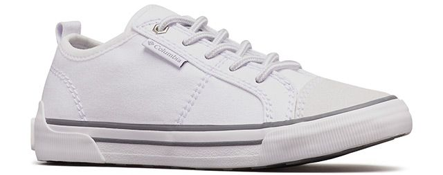 Womens Goodlife white lace sneaker.