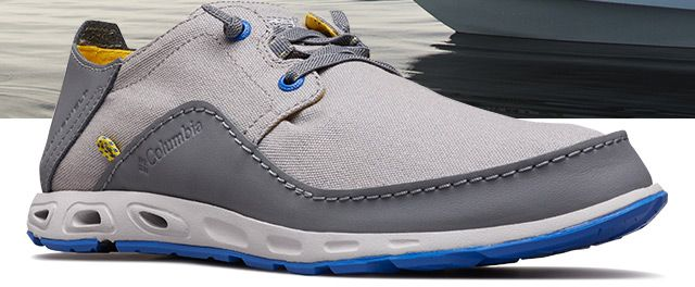 A gray mens Bahama Vent fishing shoe.