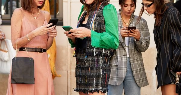 4 New Trends Everyone Will Be Wearing in 5 Months