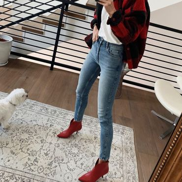 7 Skinny Jean Outfits That Won't Feel Dated in Fall 2019