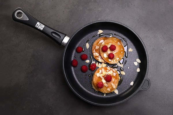 Yuppiechef: 💥 Up to 25% off 💥 The World's Best Pan! | Milled