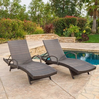 Lakeport Outdoor Brown Wicker Armed Chaise Lounge Chair (Set of 2)