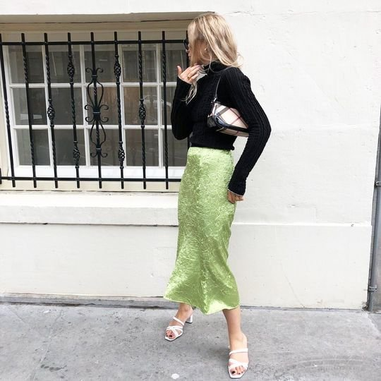 18 Pretty Fall Outfit Ideas From Around the World