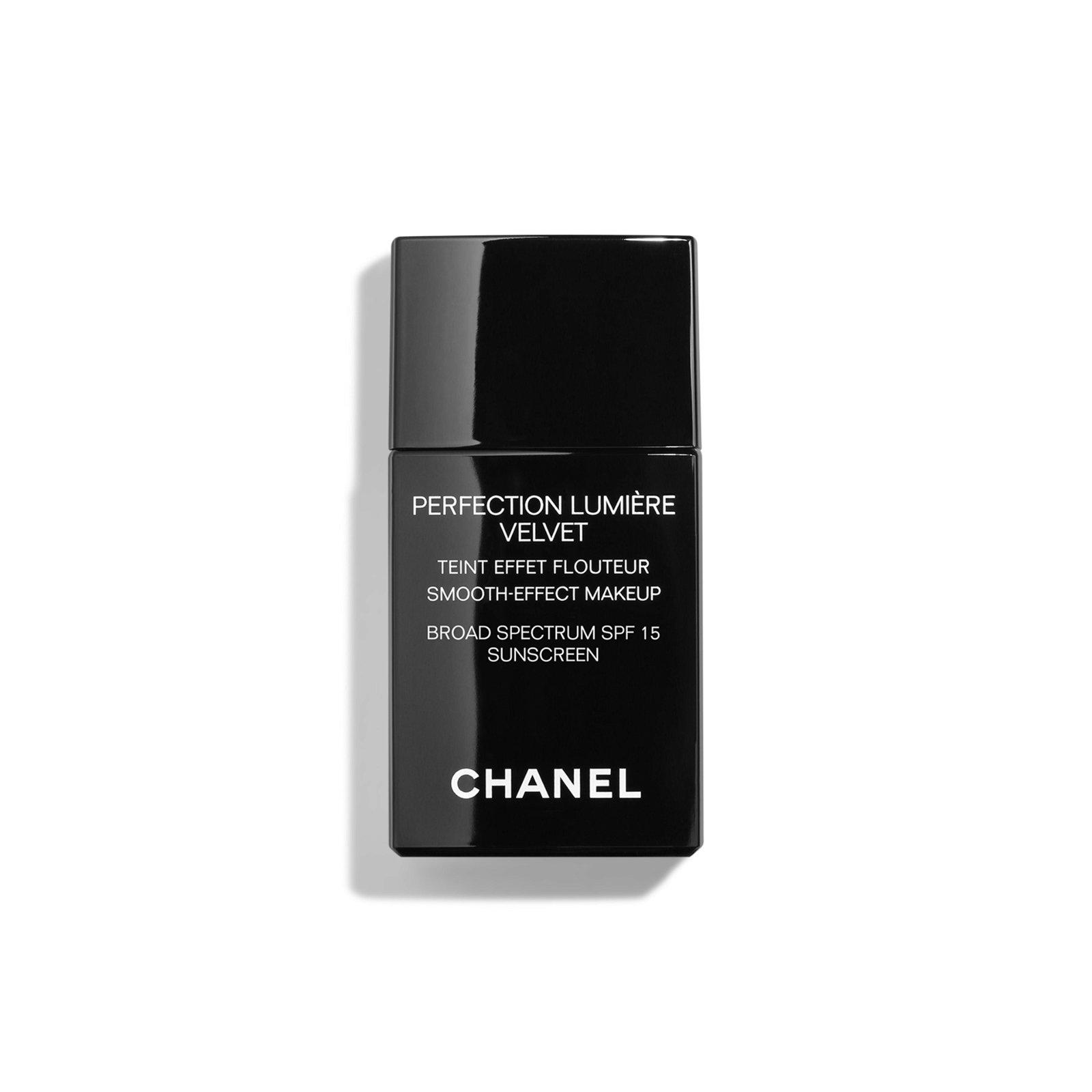 perfection lumiere velvet smooth-effect makeup broad spectrum spf 15 sunscreen