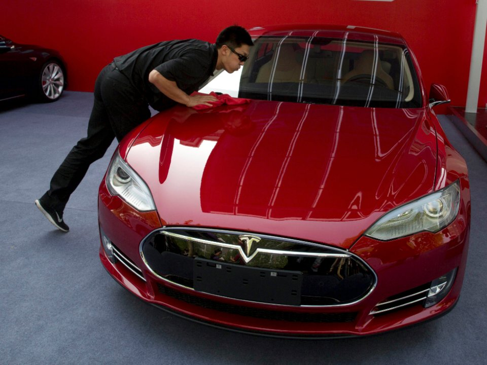Tesla says its insurance is now available in California